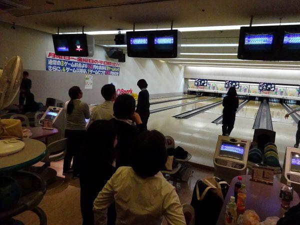 恒例行事、新入社員歓迎ボウリング大会開催!!
