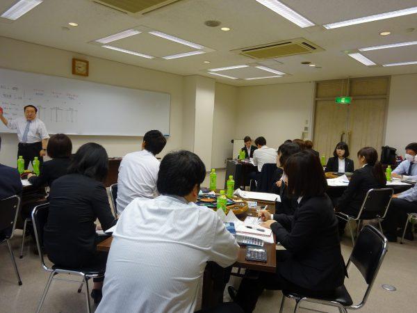 マネジメントゲーム研修&委員会ミーティングからの懇親会です!!