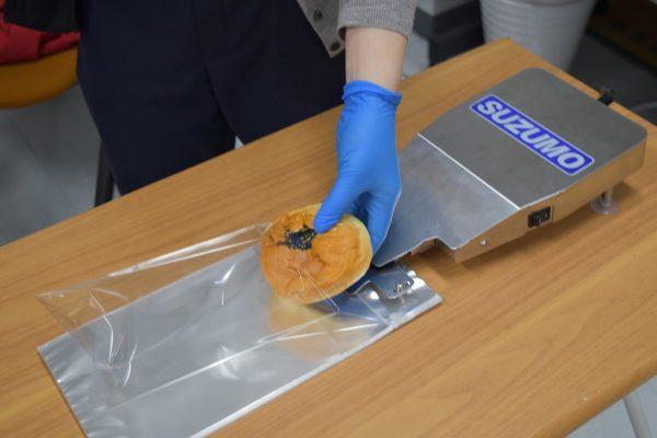 【ベーカリー店様】飛沫対策・作業効率化商品のご案内